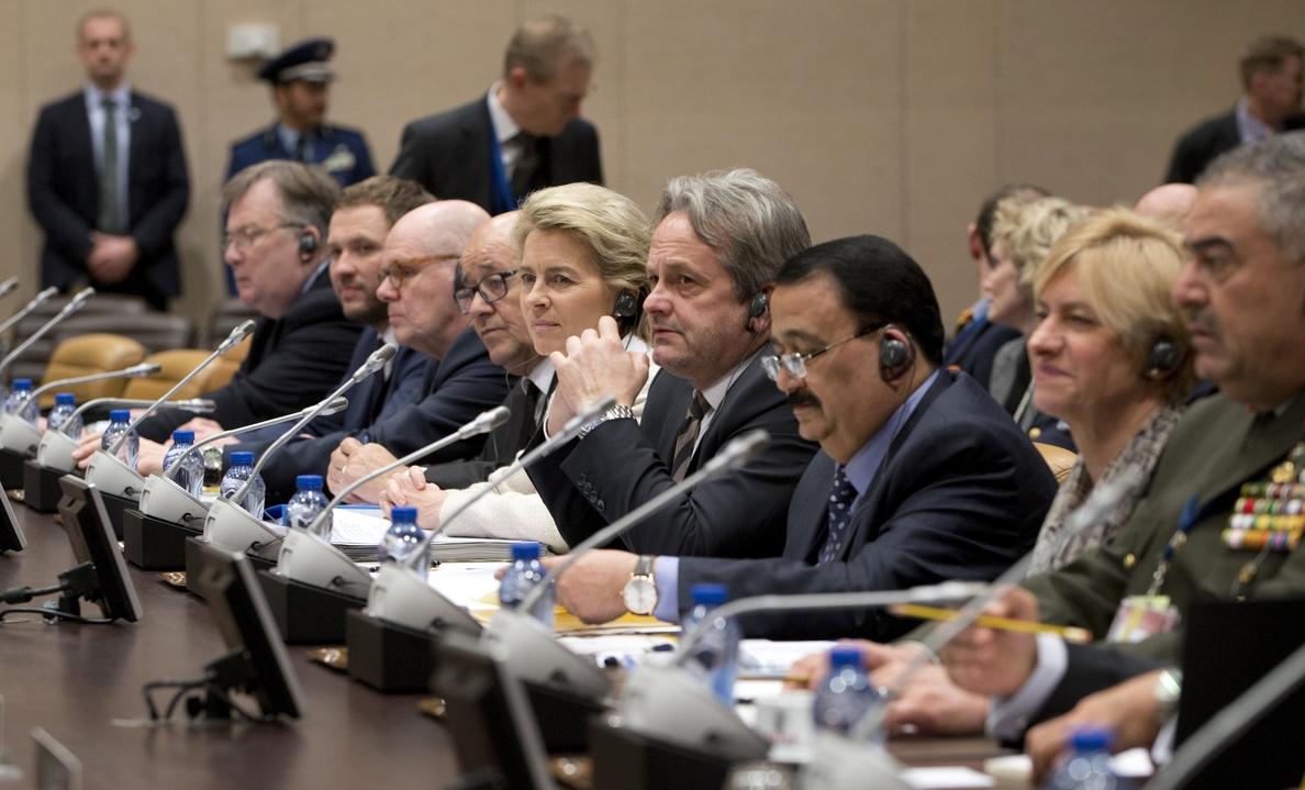 La coalición internacional contra el Estado Islámico aborda cómo acelerar su combate
