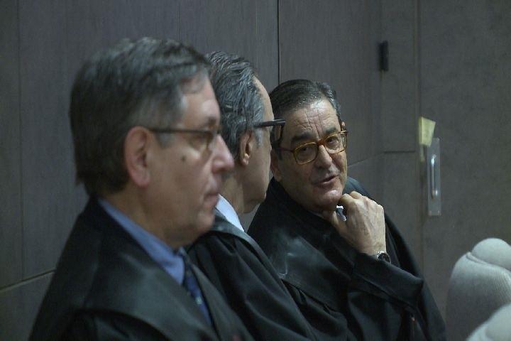 Fiscalía pide 2 años de cárcel para el expresidente de Kutxabank Mario Fernández y Mikel Cabieces