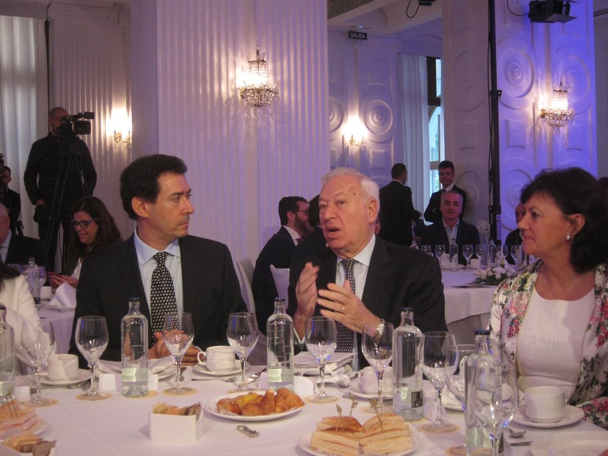 García Margallo admite errores del Gobierno en Cataluña pero avisa de que «no puede tolerar» un referéndum
