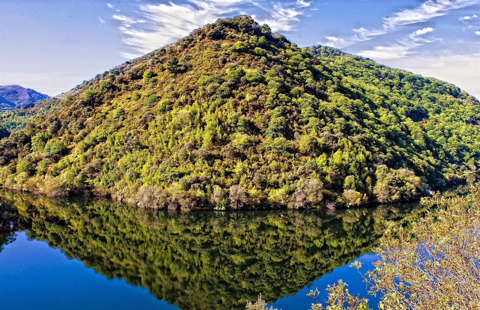 5 razones para visitar la Ribeira Sacra durante el invierno, un escenario de novela