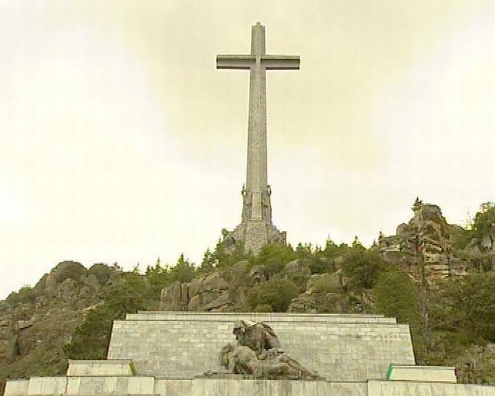 Comienzan los trabajos de exhumación de particulares en el Valle de los Caídos