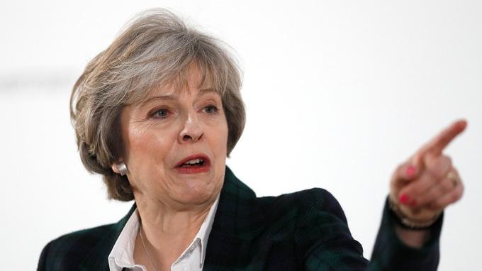 ¿Qué es el 'parlamento colgado' que pone a May contra las cuerdas?