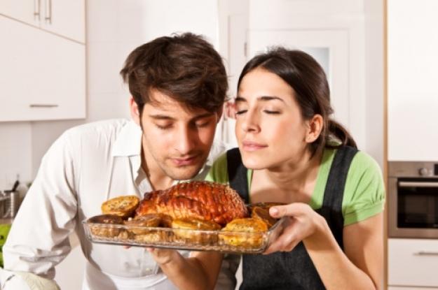 ¿Oler la comida engorda? La ciencia dice que sí