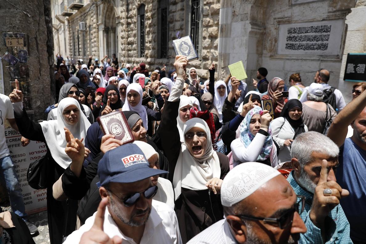Israel pone en alerta al Ejército ante aumento de tensión en torno a Al Aqsa