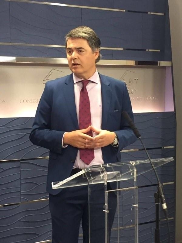 El PP sentencia que la comisión sobre Fernández Díaz ha sido «un paripé» y defenderá su gestión en un voto particular