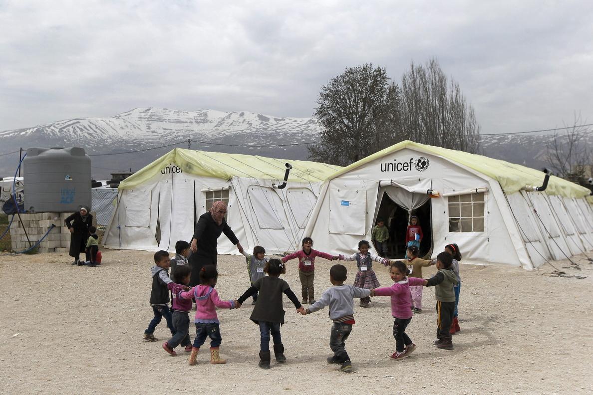 España recibe a 204 refugiados y sigue sin cumplir con sus compromisos de reubicación