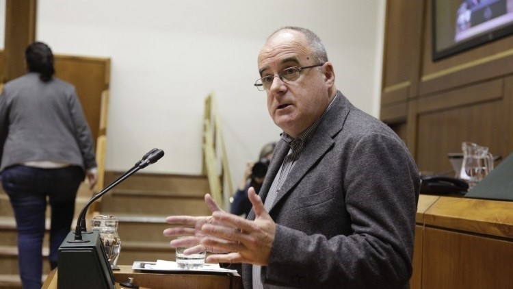 Egibar dice al PSOE que una reforma constitucional debe reconocer al pueblo vasco y catalán como «sujetos políticos»