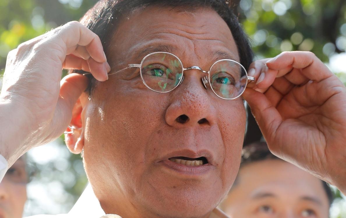 Duterte declara enemigos del Estado a los rebeldes maoístas y advierte de que «la lucha será implacable»