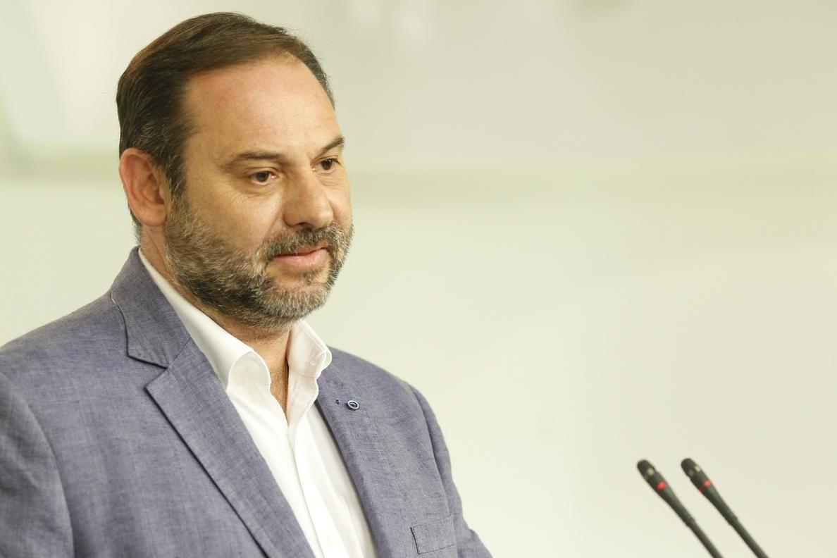 El PSOE pide al Gobierno no echar «más gasolina al fuego» y evitar «amenazas» a Cataluña, como la del FLA