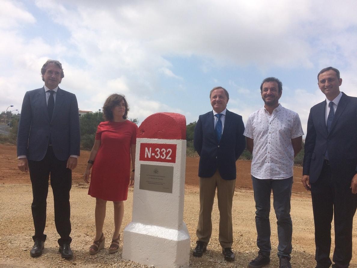 Sáenz de Santamaría reclama «cooperación» y «empatía» para culminar el nuevo sistema de financiación autonómica