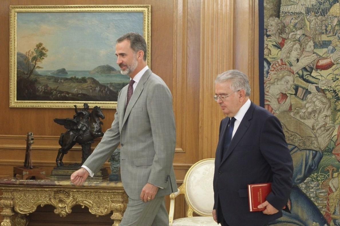 El presidente del TC acude a ver al Rey para darle la Memoria de la institución en pleno desafío secesionista catalán