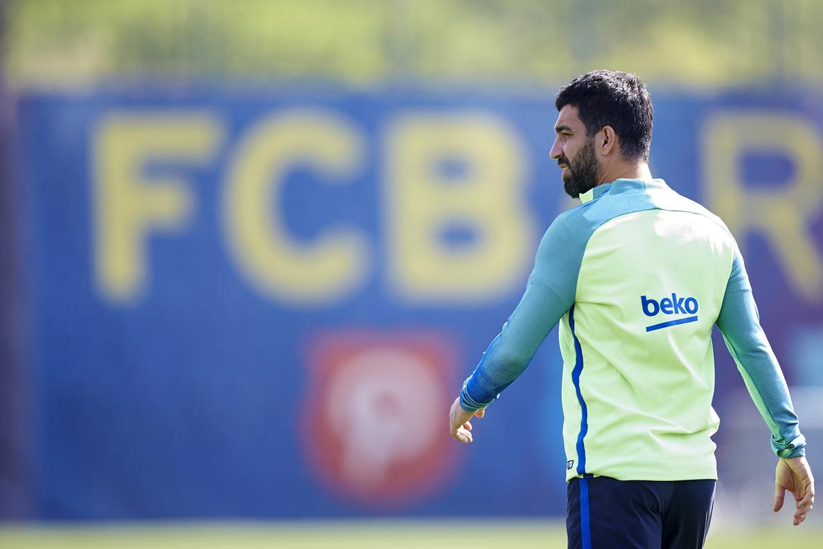 El Galatasaray busca la cesión por un año del barcelonista Arda Turan