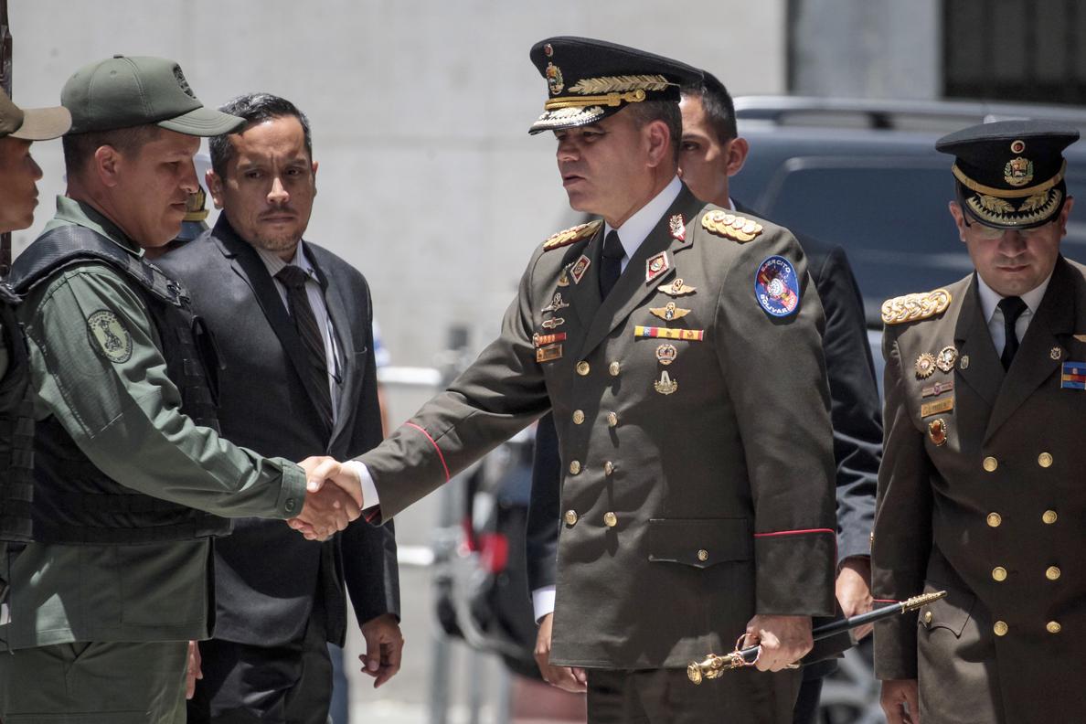 El ministro de Defensa venezolano tilda de «locura» la advertencia militar de Trump