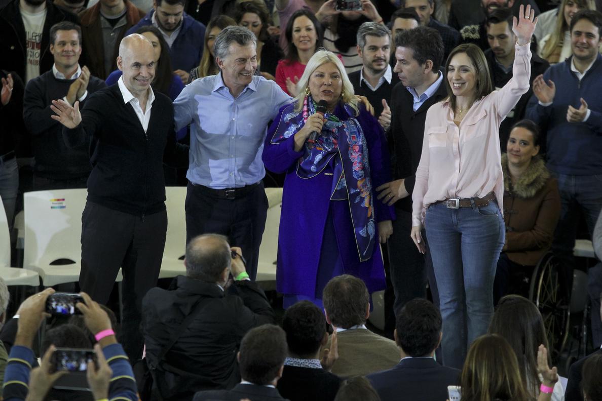 La alianza de Macri y Fernández de Kirchner se disputan una simbólica victoria en Buenos Aires