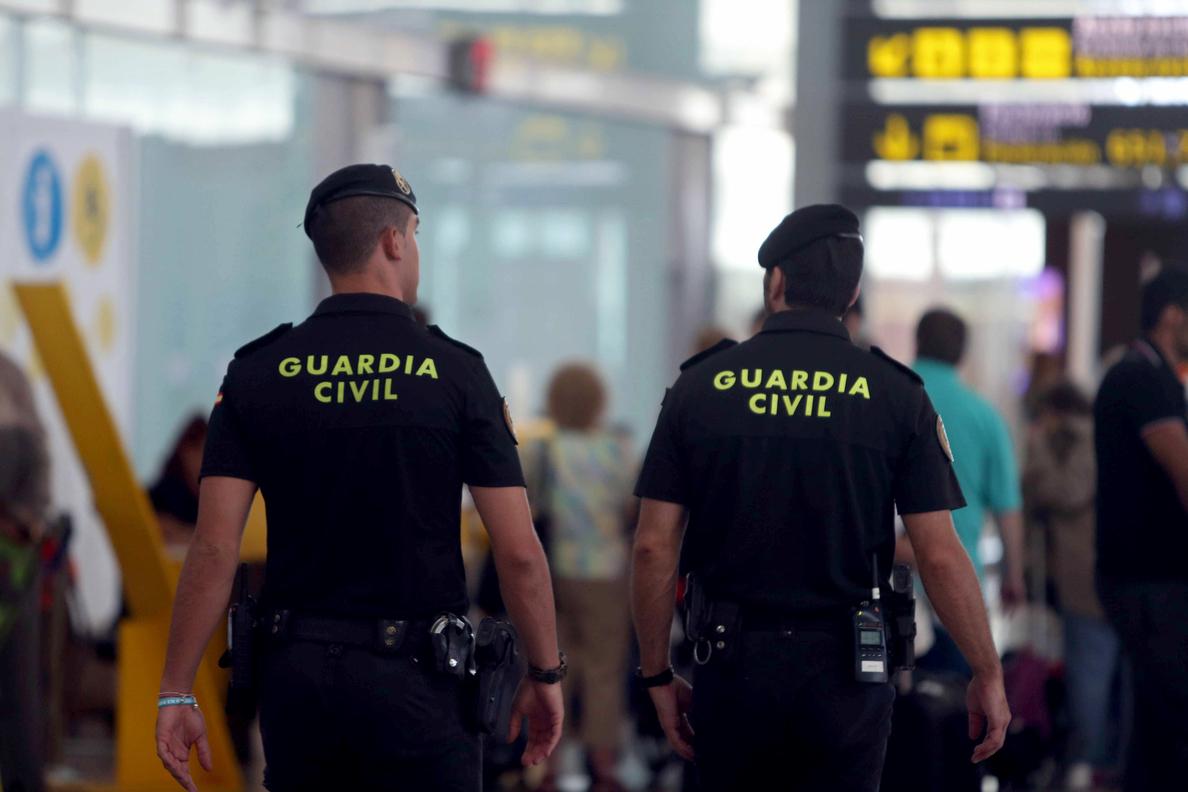 Directora El Prat: La Guardia Civil garantiza que los vigilantes hagan el trabajo bien y en tiempo