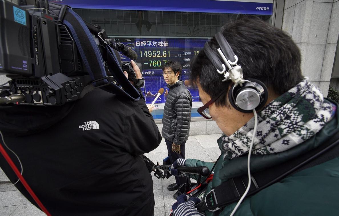 Tokio avanza un 1,29 % al descanso tras rebajarse la tensión en torno a Corea