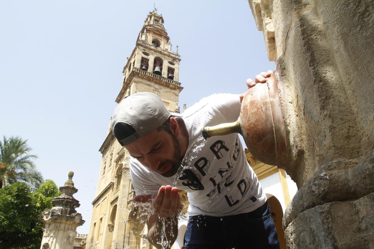 Alertas por calor en quince provincias de seis comunidades autónomas
