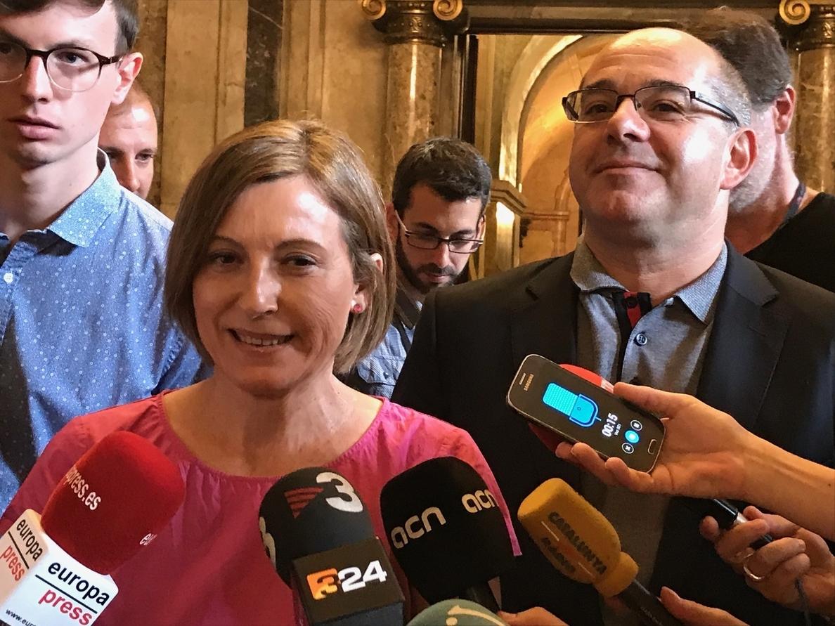 El Parlamento catalán pospone la tramitación de la ley del referéndum por la presión judicial y su «complejidad»