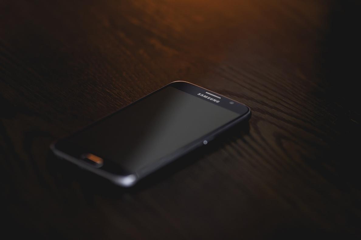 El troyano móvil Svpeng muda a »keylogger» y amenaza incluso a los dispositivos con el software actualizado