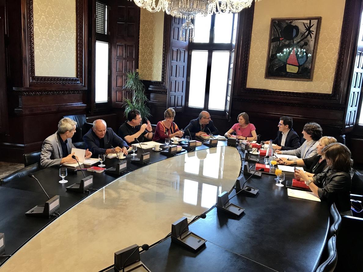 El TSJC notifica a Forcadell la suspensión de la reforma del reglamento del Parlamento catalán