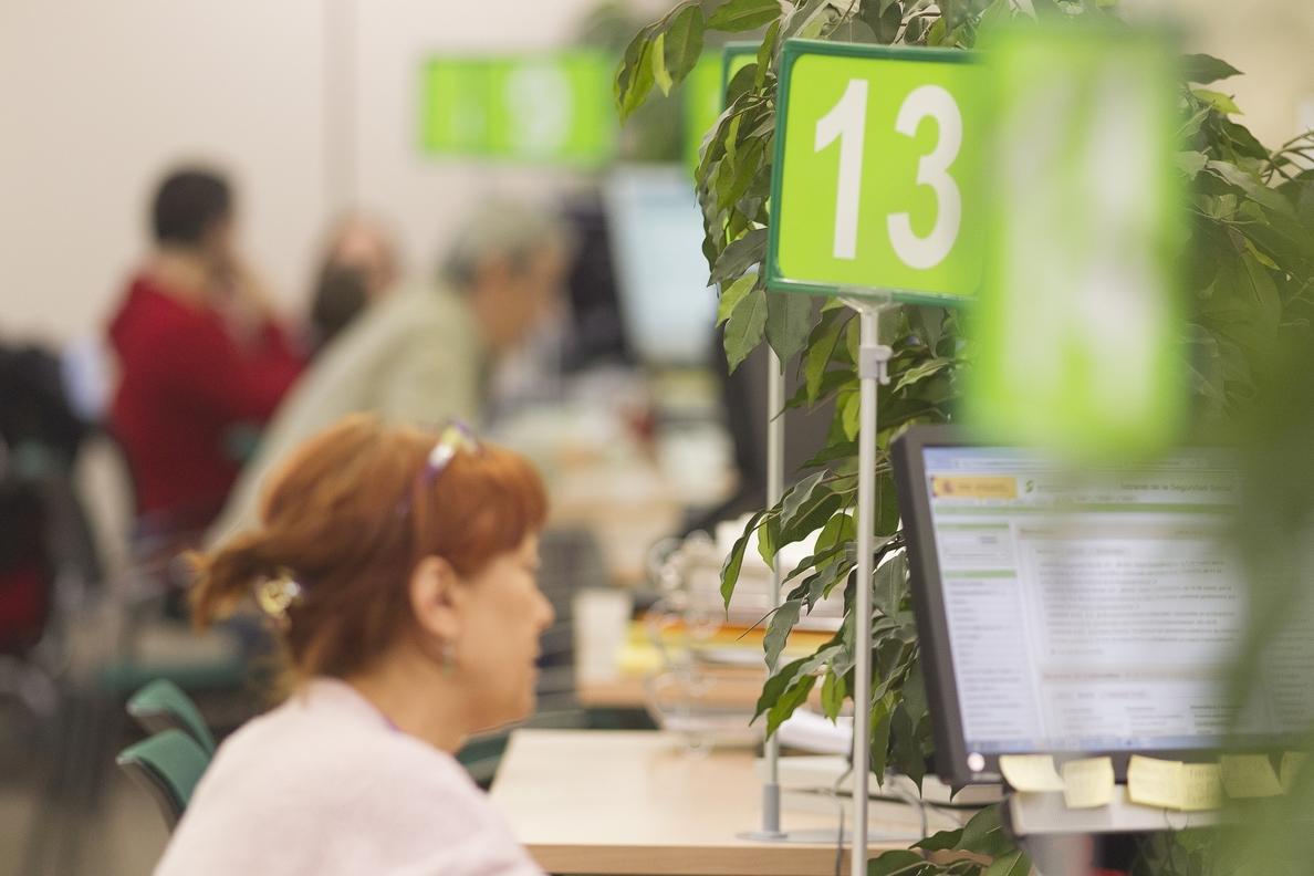 Las estancias largas en el paro pueden reducir hasta un 25% la pensión si se cobra un sueldo medio