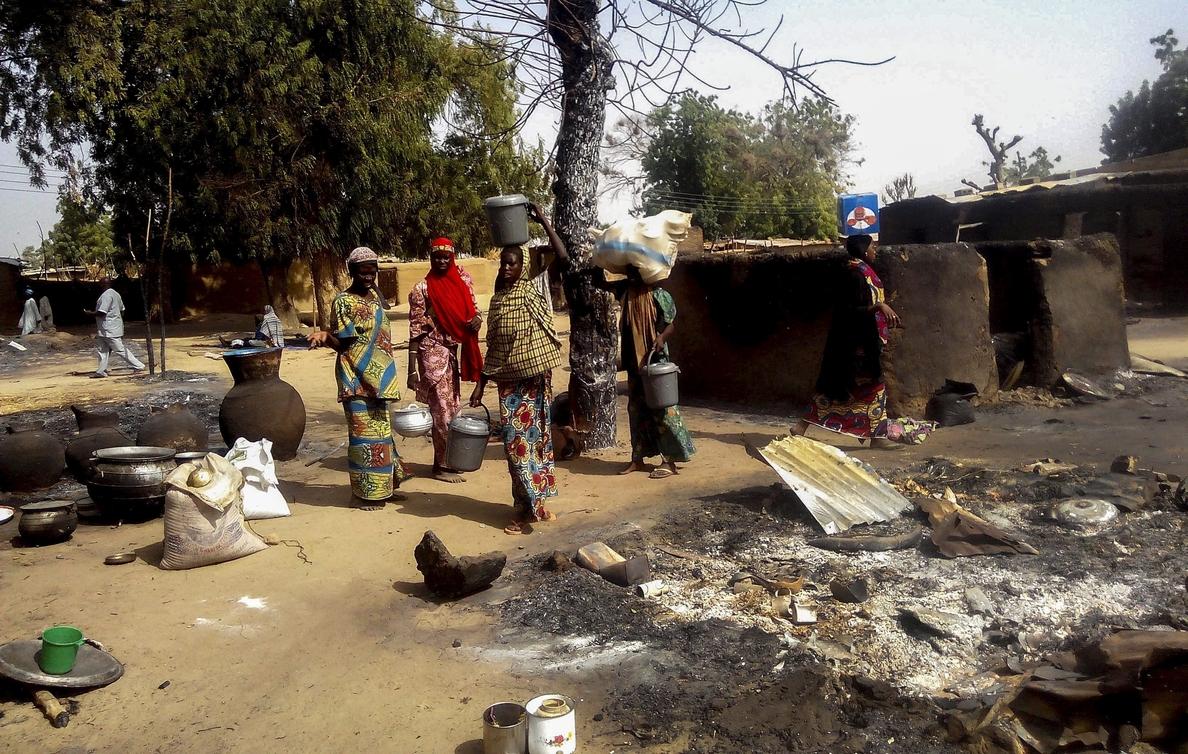 Al menos 27 muertos en un atentado suicida en un mercado de Nigeria