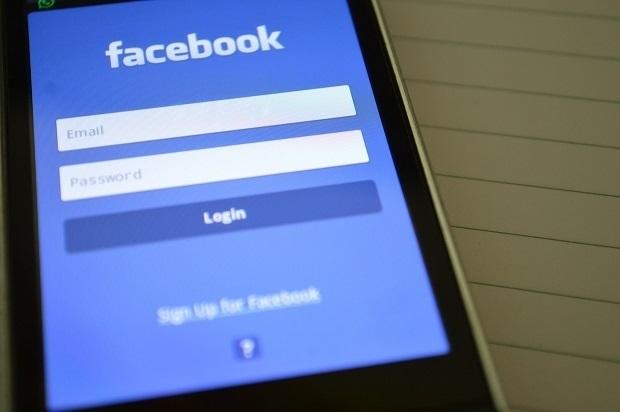 Facebook activa Safety Check en Barcelona, una herramienta para avisar de que se está bien