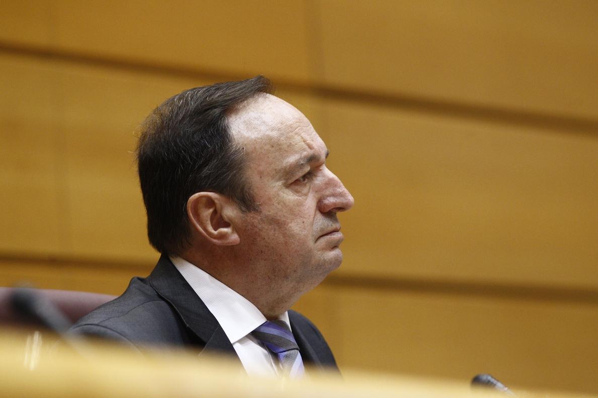 Pedro Sanz representa a las Cortes como invitado en un «diálogo parlamentario por la democracia» en Perú