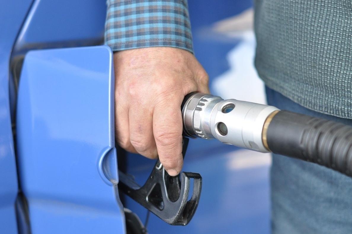 Los precios del gasóleo y de la gasolina encadenan su cuarta semana al alza
