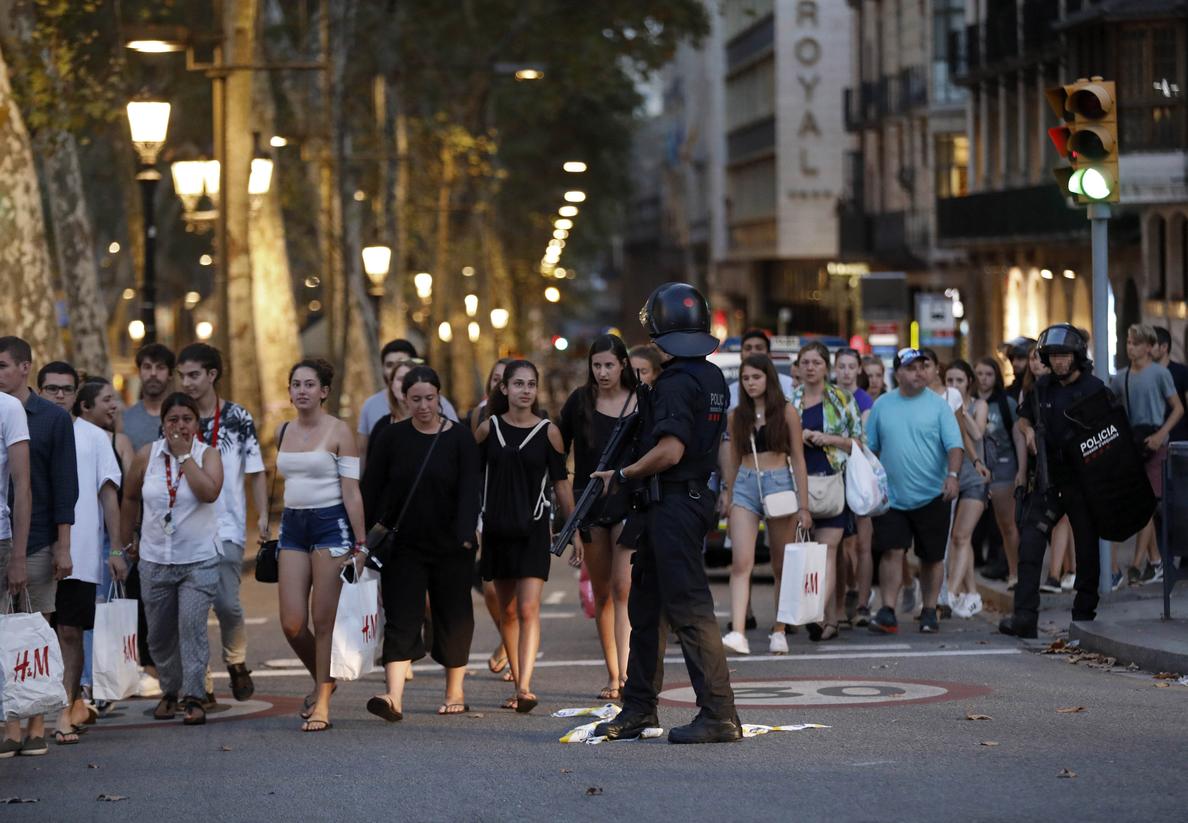 Francia confirma que hay 26 franceses heridos en el atentado de Barcelona