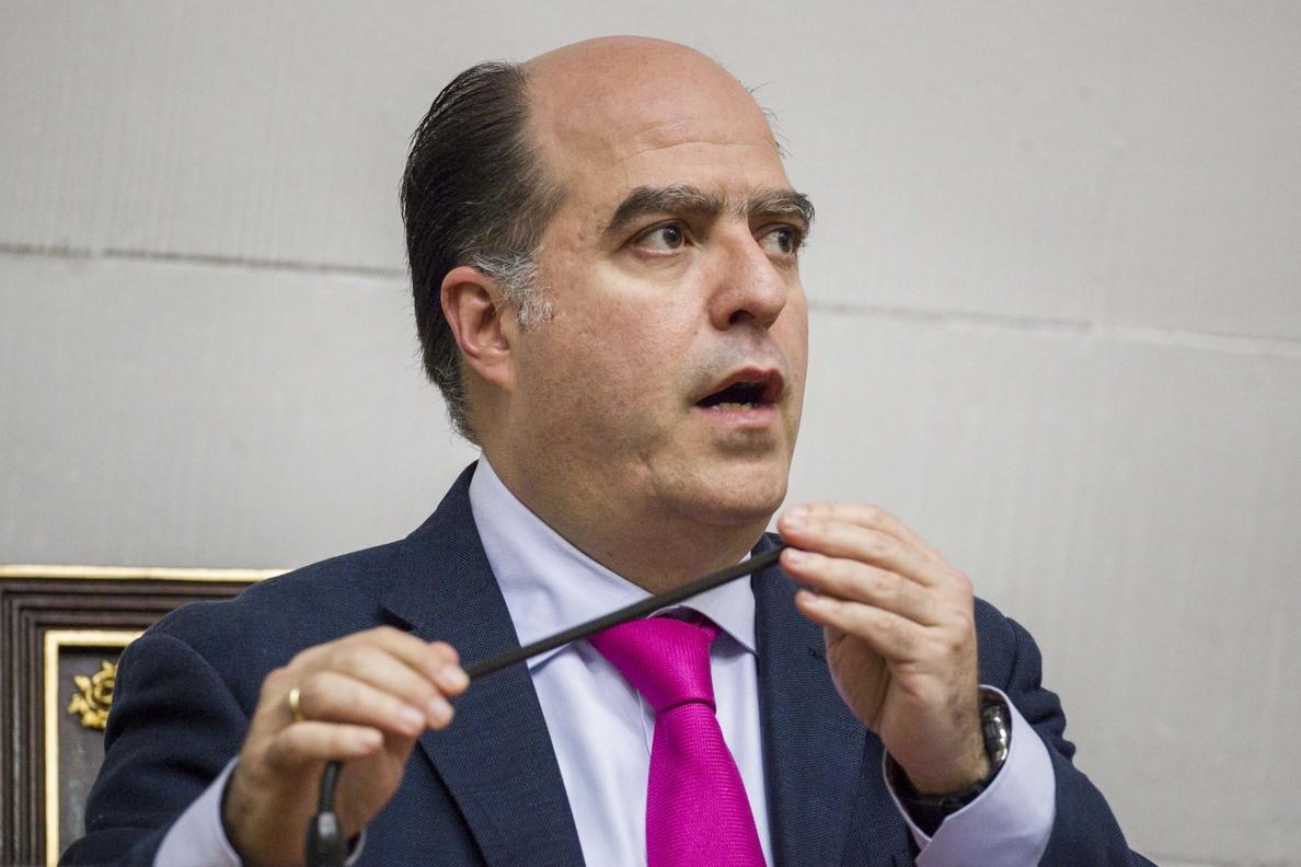 El Gobierno y el Parlamento opositor de Venezuela condenan el atentado en Barcelona