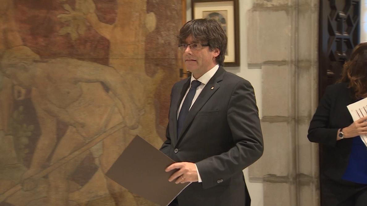 Puigdemont mantiene la postura independentista de su Gobierno, pero ve «miserable» mezclar cuestiones