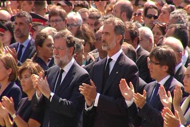 Rajoy y Puigdemont presidirán el primer gabinete de crisis conjunto con ministros y consejeros