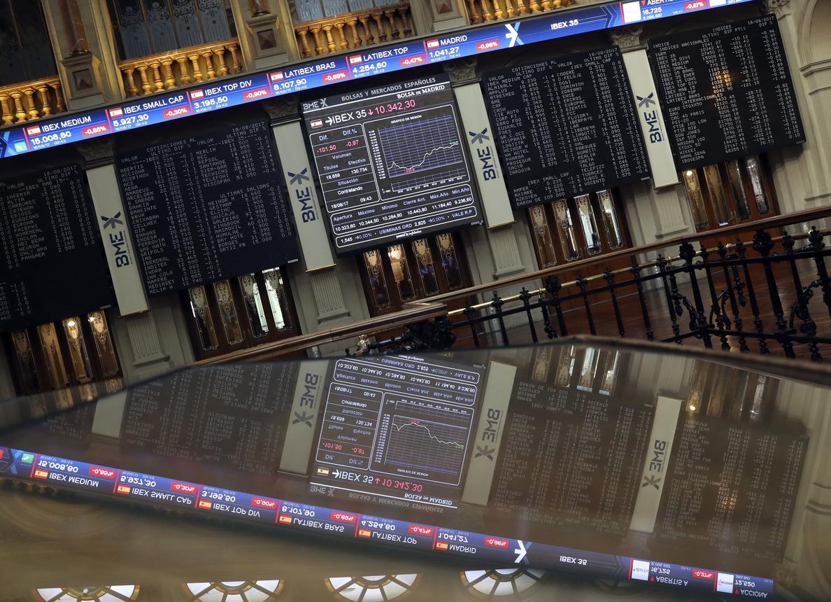 La Bolsa española abre la semana a la baja y se deja un 0,21 %