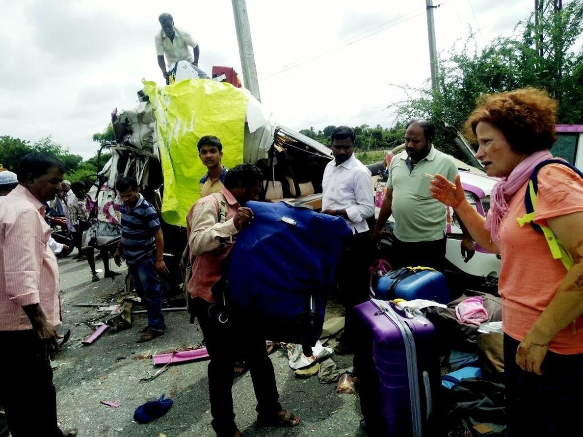 Detenido el conductor que chocó con el microbús de los españoles en la India