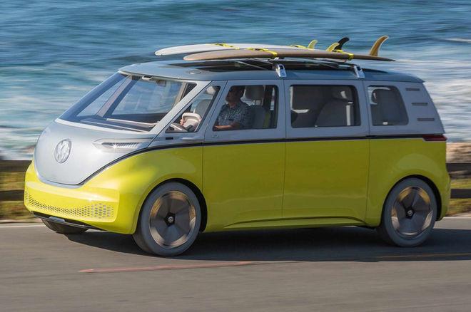 El microbús eléctrico de aire hippie con el que Volkswagen quiere lavarse la cara