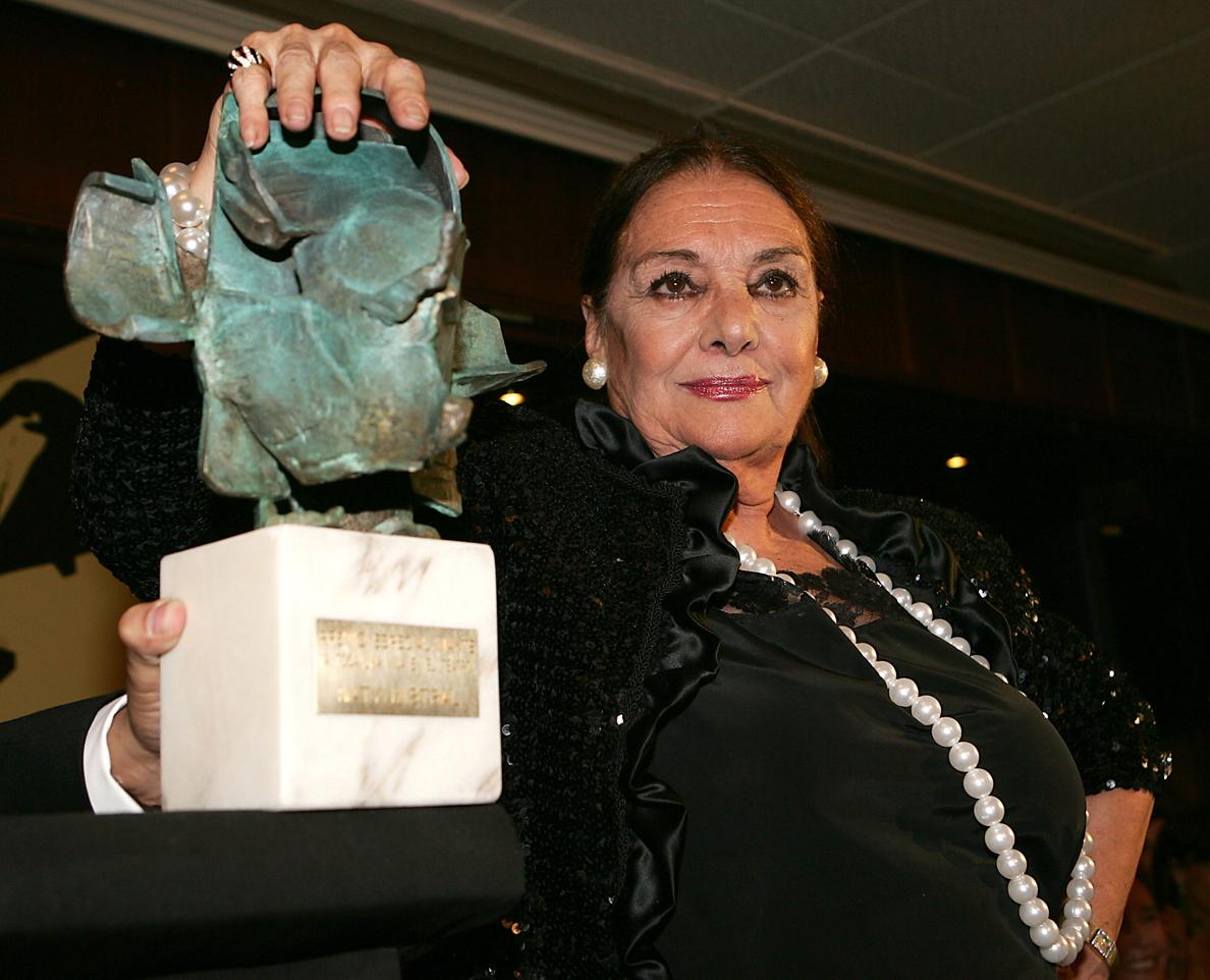 Trasladan los restos de Nati Mistral a El Escorial para su incineración