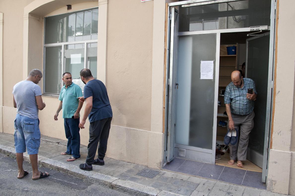 La Policía tiene «indicios sólidos» de que el imán murió en la explosión