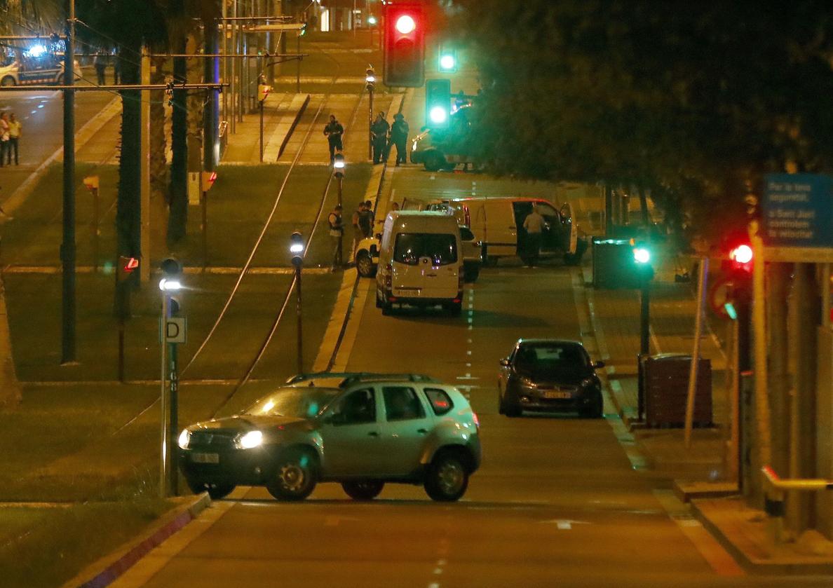 El joven apuñalado en Sant Just, decimoquinta víctima de los  terroristas