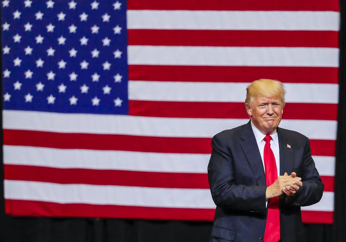 Trump visitará mañana la frontera con México por primera vez como presidente