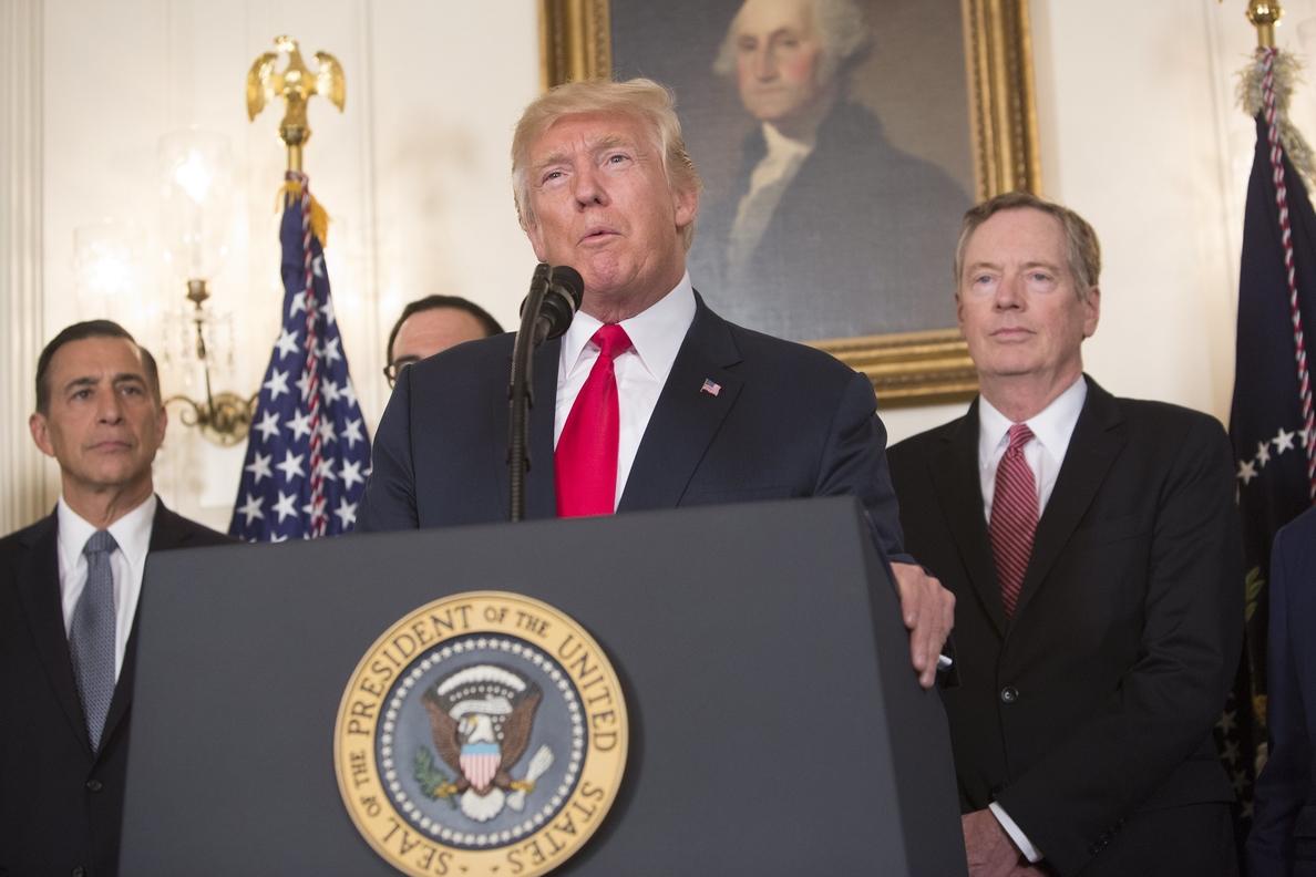El 56% de los estadounidenses rechaza la respuesta de Trump a Charlottesville