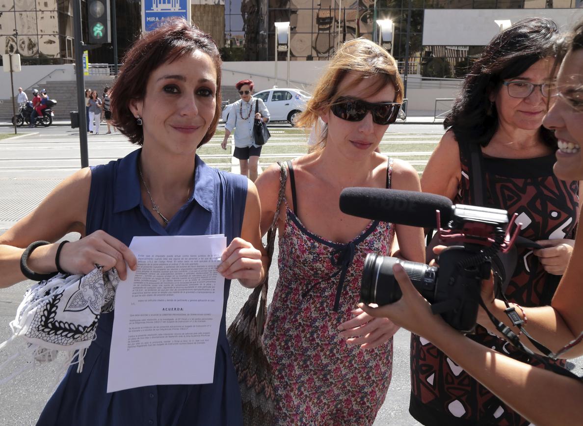 La Fiscalía estudia la situación de Rivas y sus hijos tras su libertad provisional