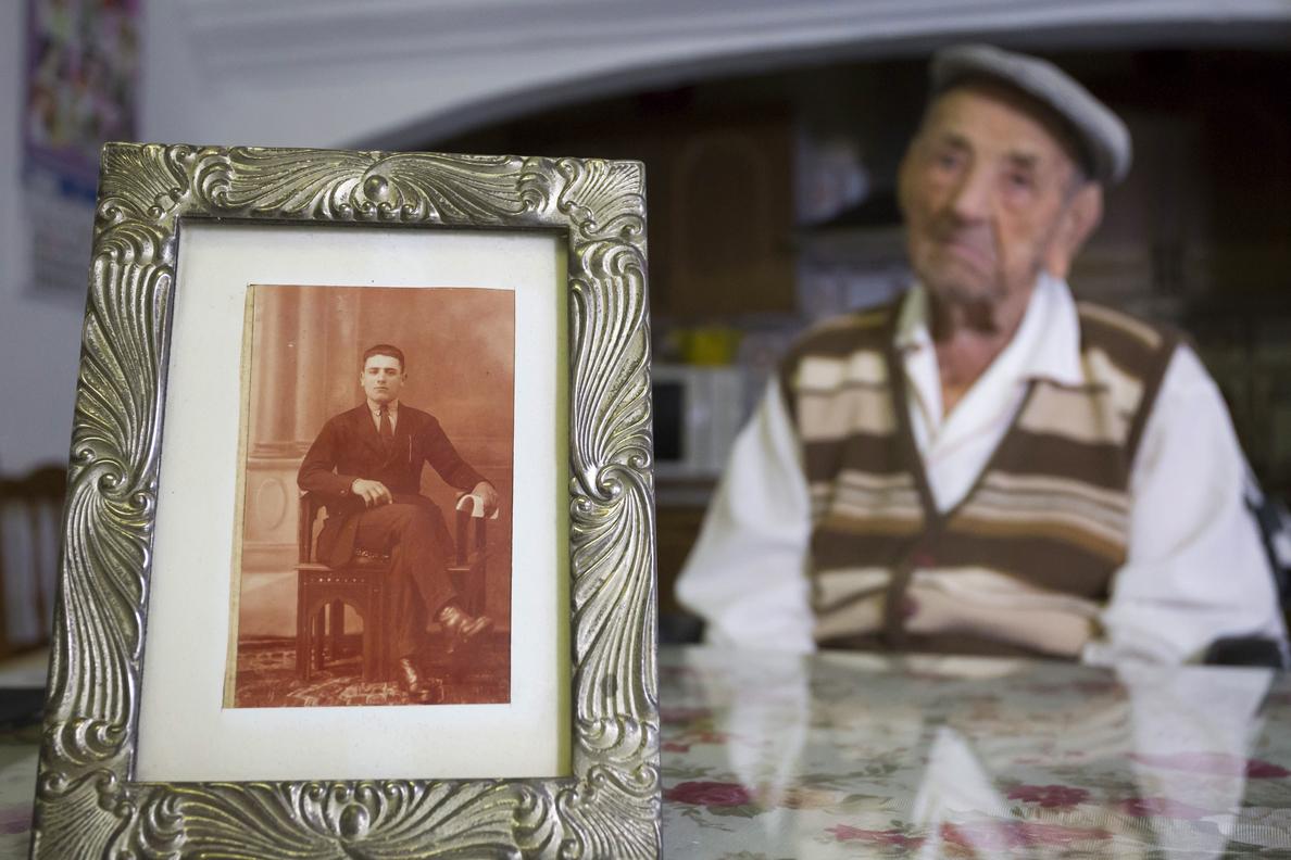 El nuevo hombre más longevo del mundo tiene 112 años y es extremeño