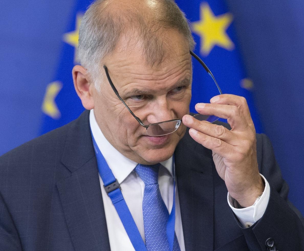 La UE acuerda nuevas medidas contra los fraudes alimentarios tras el del fipronil