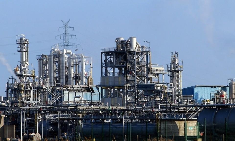 La mayoría de ingenieros industriales ve positiva la situación del sector pero prevé una evolución negativa