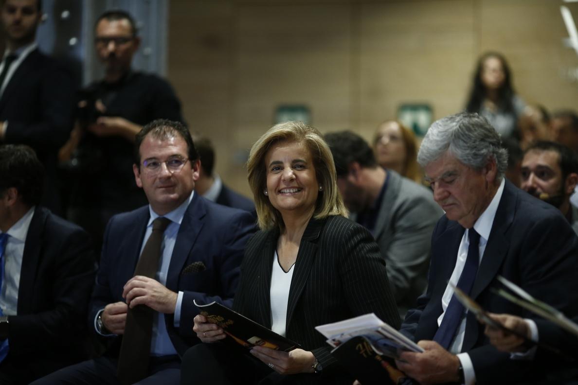 Báñez anuncia una inversión de 60 millones para mejorar la formación en economía digital