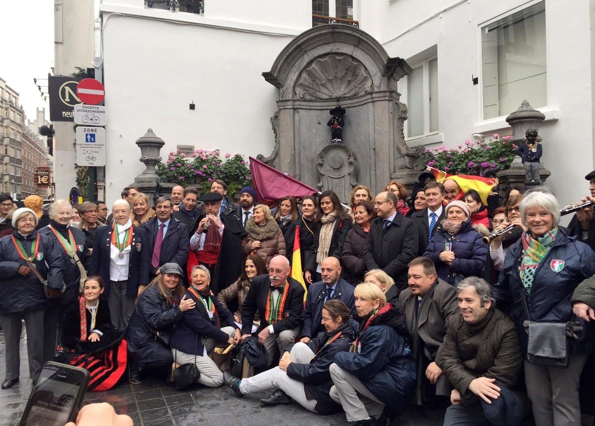 El Manneken Pis de Bruselas se viste de segoviano