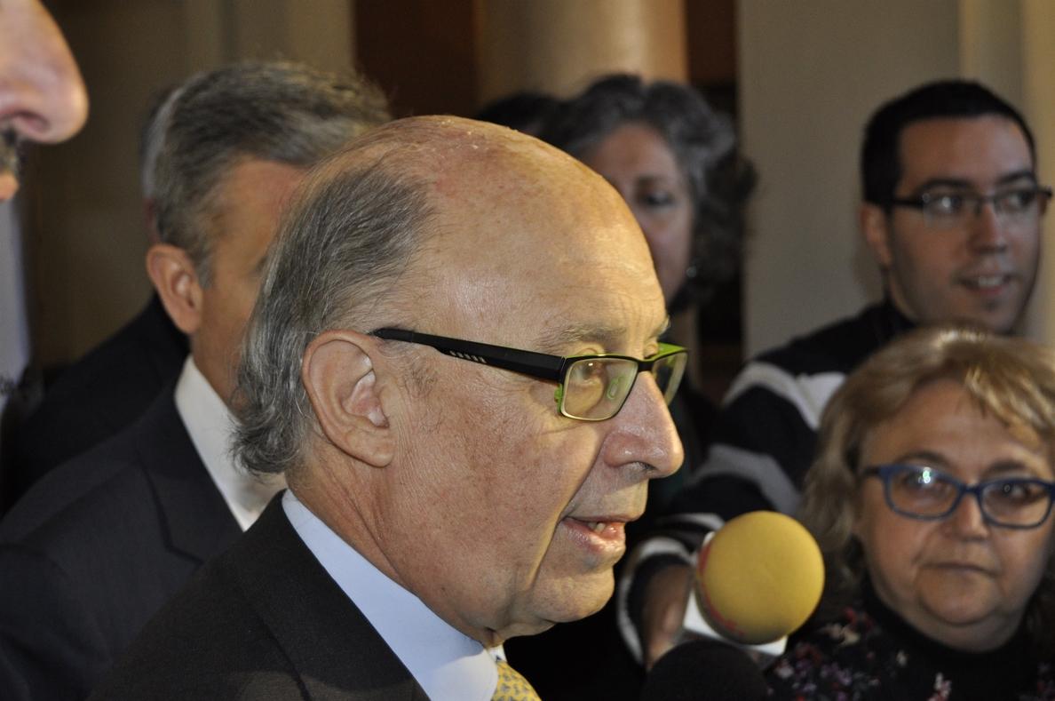 Montoro valora «muy positivamente» el anuncio de Carmena de retener 173 millones para cumplir con Hacienda