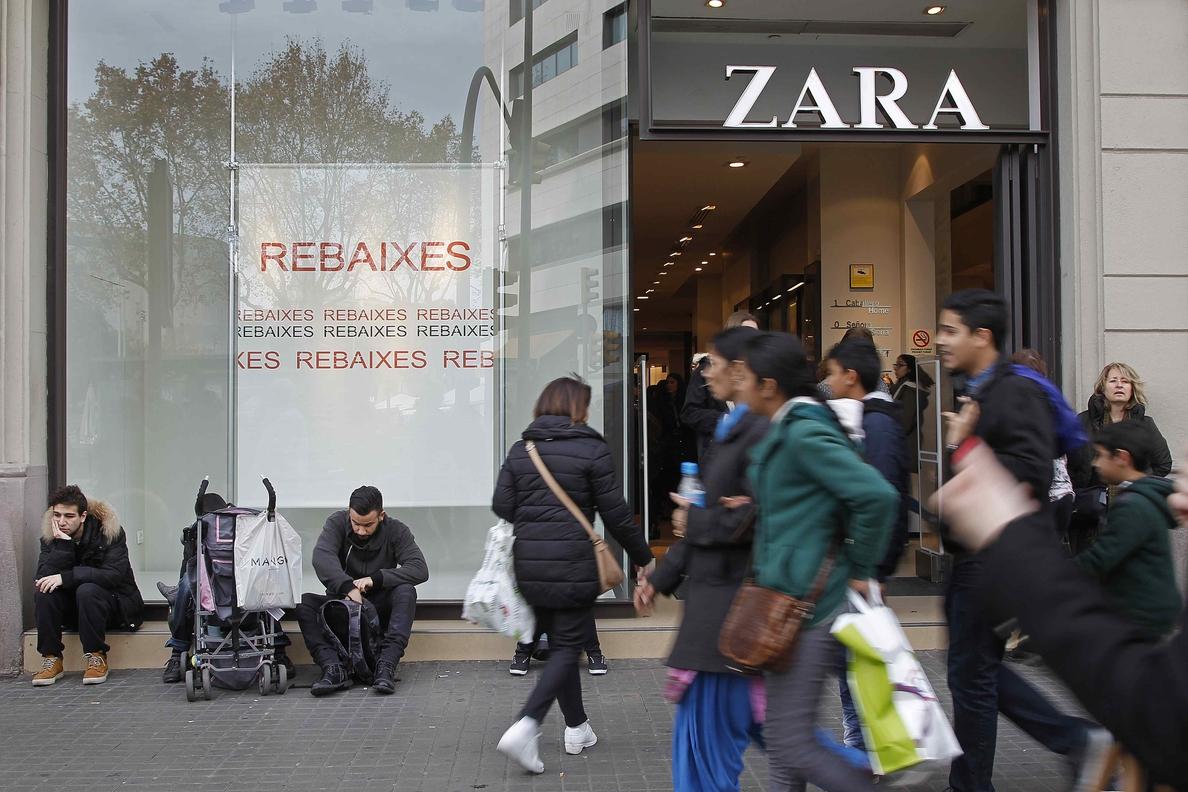 Los comerciantes del centro de Barcelona cifran la caída de las ventas en hasta el 30 % en octubre