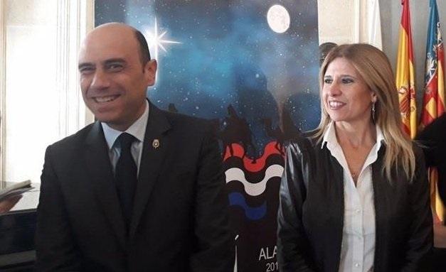 Alcalde de Alicante a un niño: «Solo tiene que dimitir el que ha robado, ha engañado o el que ha mentido»